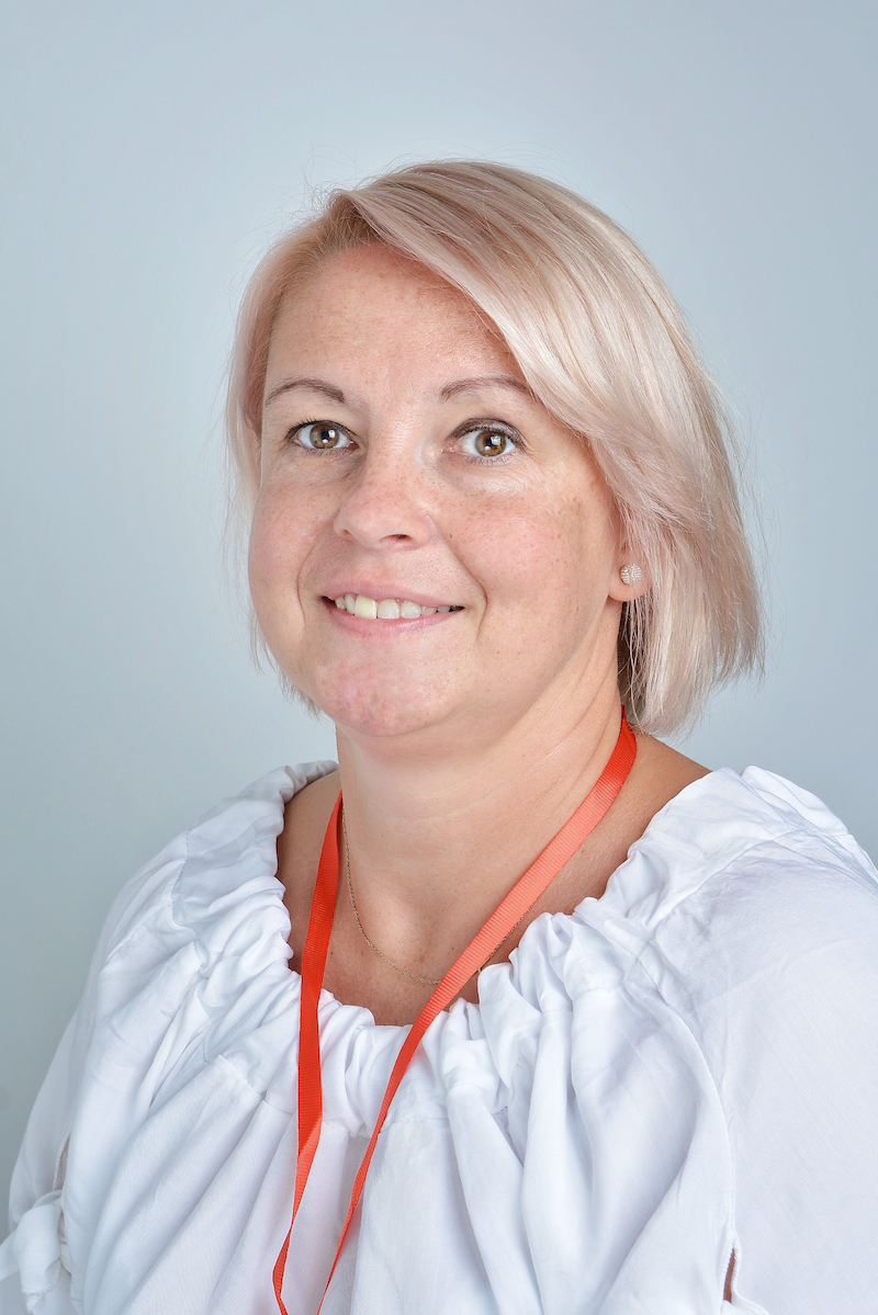 Anna Król – Karlowicz : Asystent