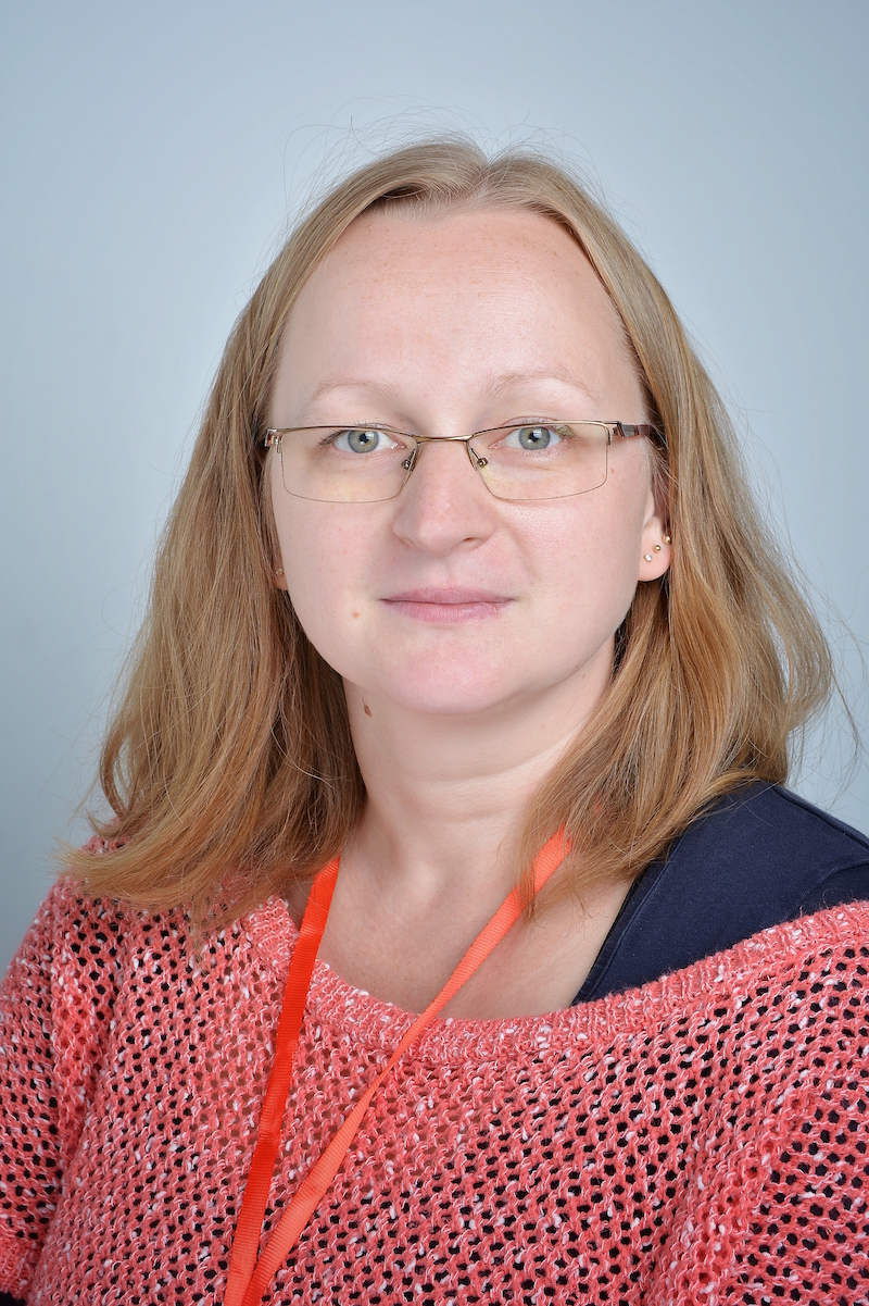 Anna Sakowska : Asystent