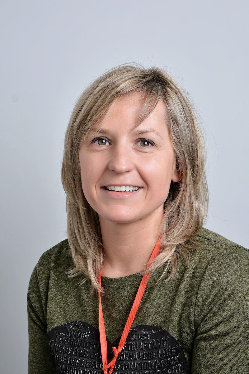 Ewa Boroszko : Asystent
