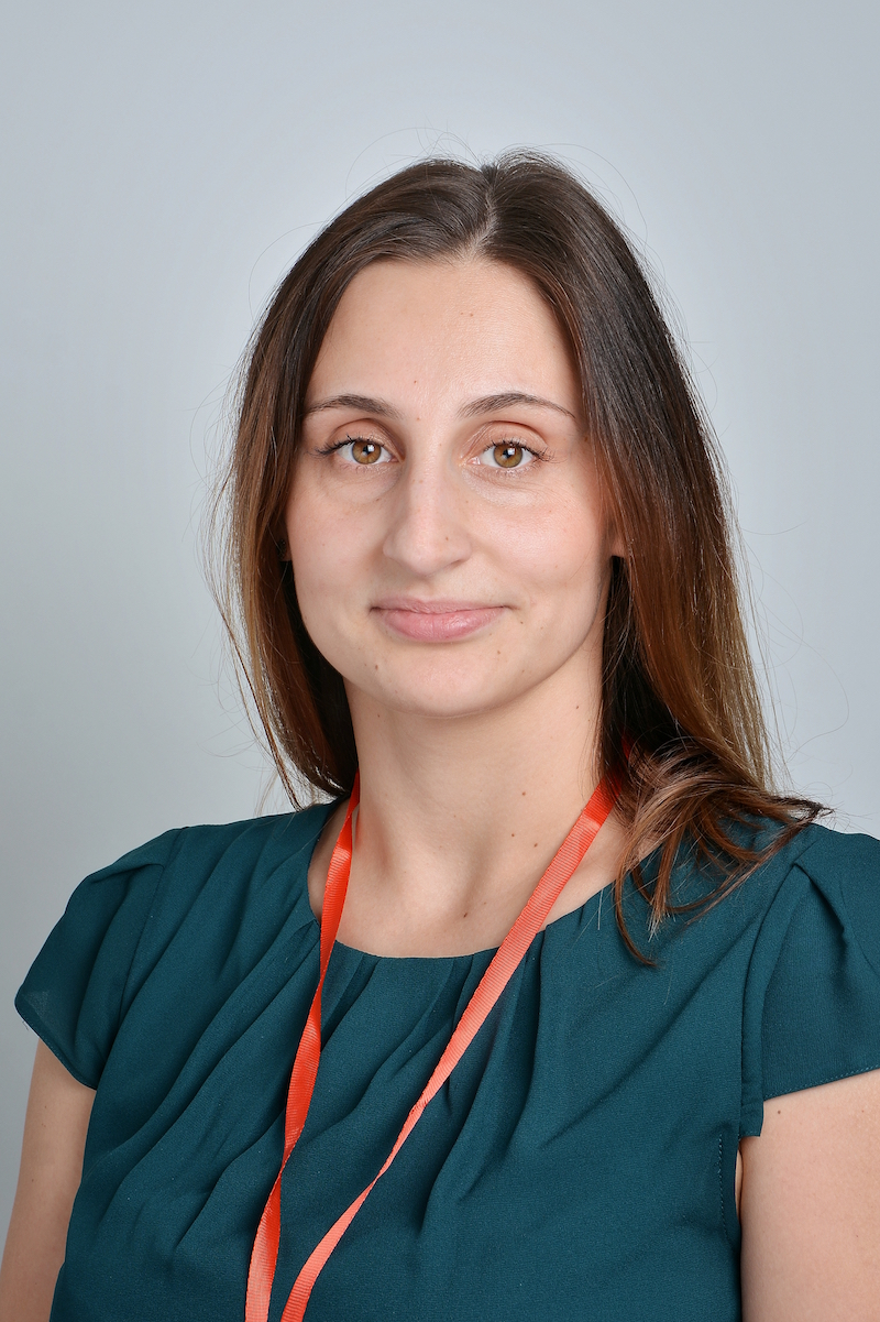 Natalia Wrzesińska : Asystent