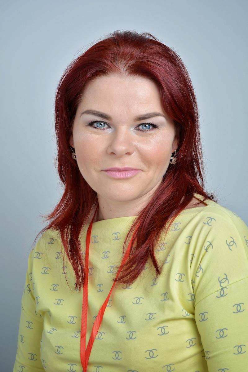 Sylwia Kamolli : Asystent
