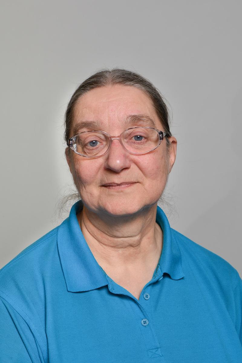 Tamara Gryszel-Fieldsend : Dyrektor Szkoły / Nauczyciel